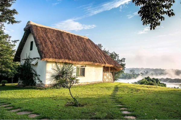 Thatched Bungalo overlooking Nile River