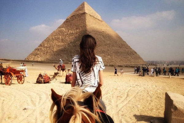 Pyramids of Giza Between horses ears